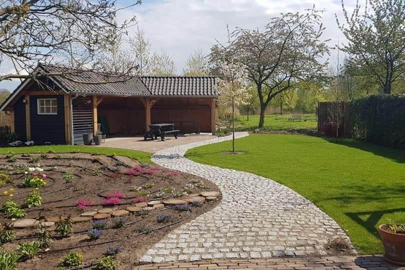 tuinontwerp tuinarchitect hovenier stapstenenpad